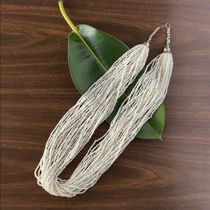 Jewelry - Vintage White Seed Bead Necklace